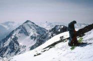 sullo sfondo il versante di salita allo Chaberton e in distanza il Pic de Rochebrune