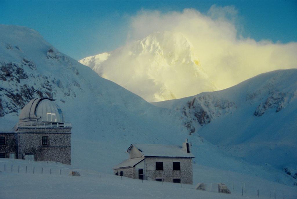 il Corno Grande tra le nuvole, visto da Campo Imperatore (2-1-1996)
