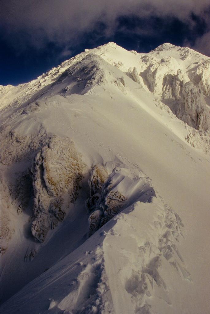 la bella cresta Ovest seguita in discesa (1-1-1995)