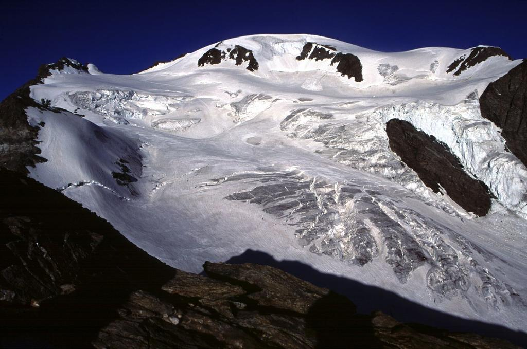 il Mont Velan visto dal Mont Cordine (10-7-1994)