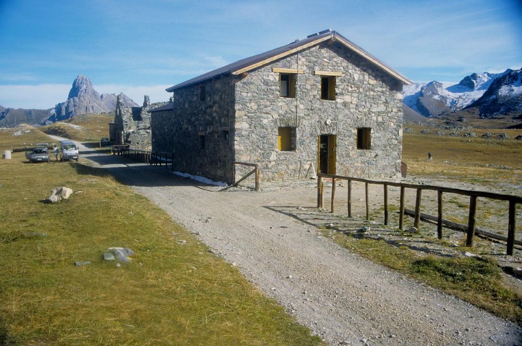 Rifugio della Gardetta m. 2335 (28-9-1996)