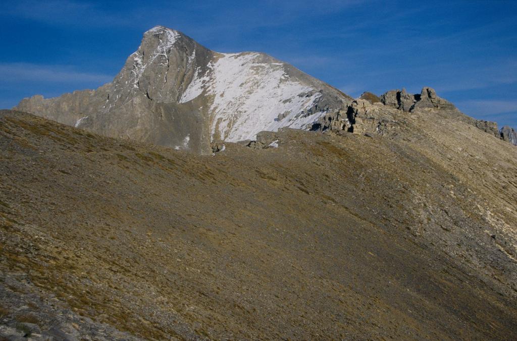 la cresta Ovest che si segue per salire al Monte Cassorso (28-9-1996)