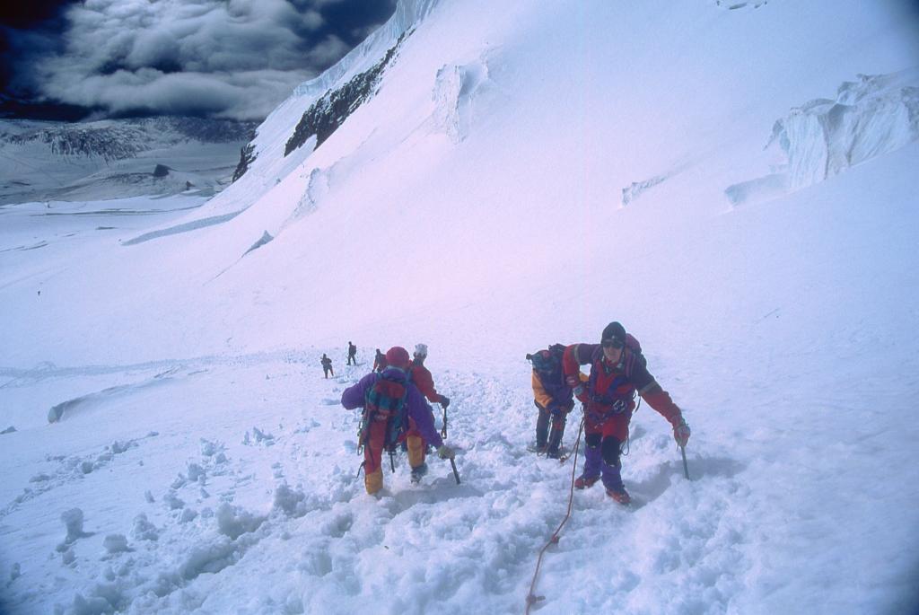 la rampa finale prima di raggiungere la cresta che porta in cima (3-8-1997)