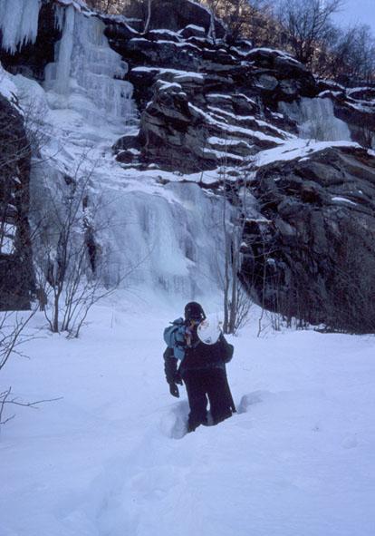 In avvicinamento con la neve alle ginocchia!