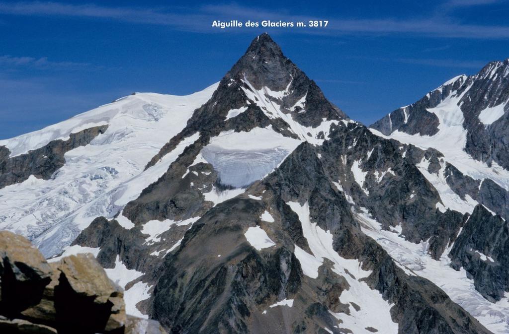 panorami osservati dalla cima...03 (26-7-1998)