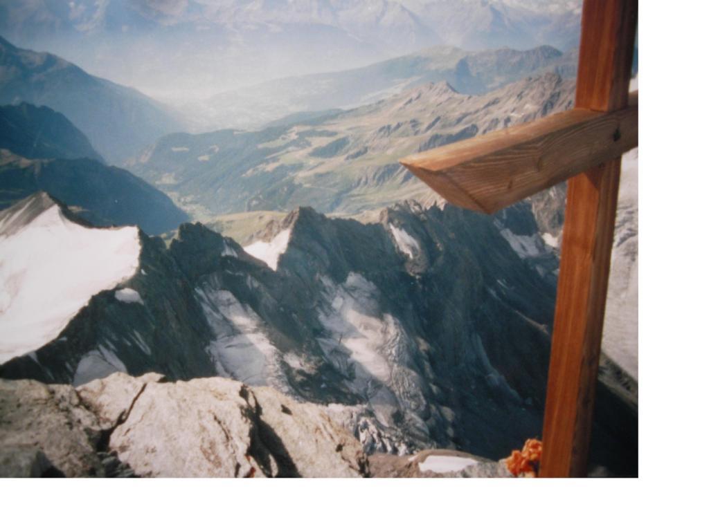 La Conca di Aosta dal Combin de Valsorey