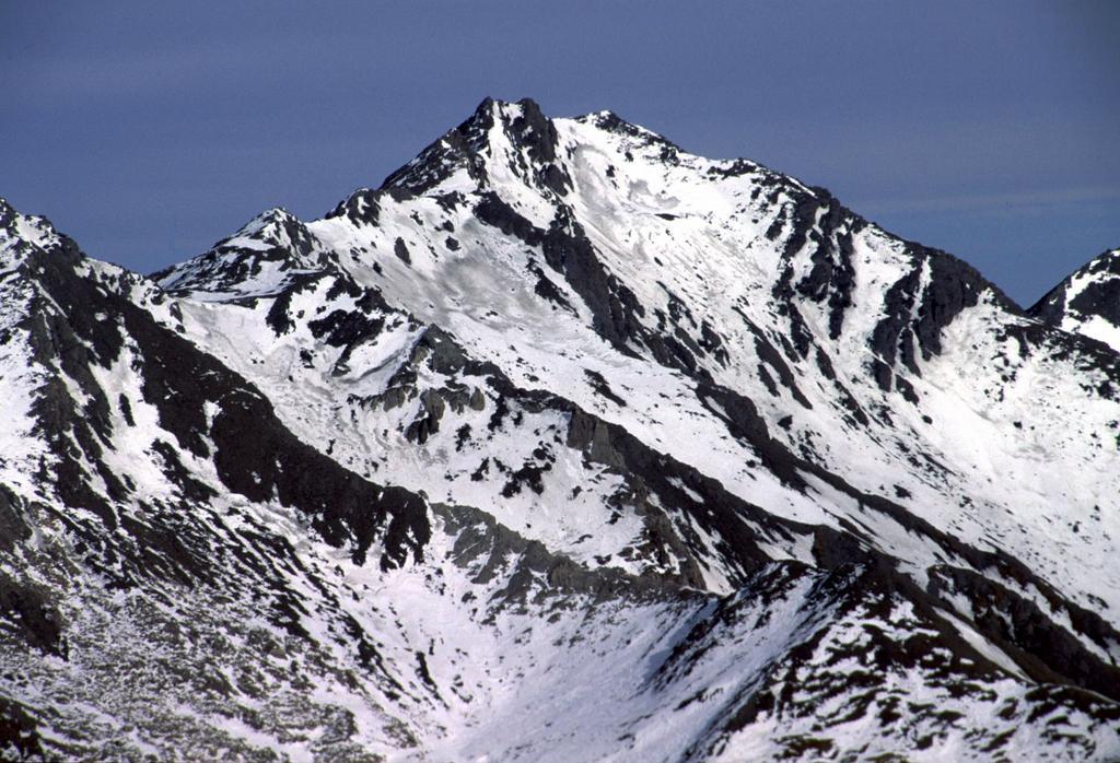 panorami dalla cima : Monte Auguillette (6-2-2000)