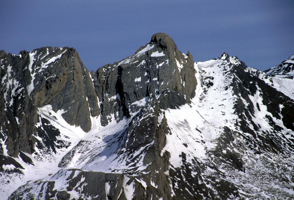 panorami dalla cima : Pic d'Asti (6-2-2000)