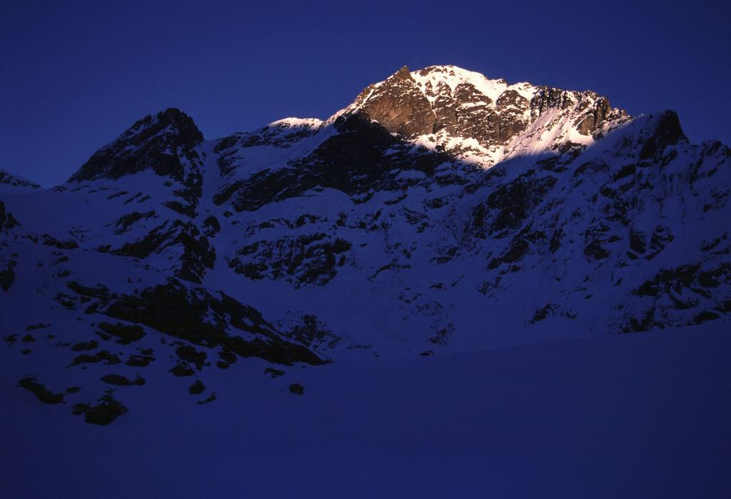 ultime luci del sole sulla Becca d'Oren (28-10-2000)