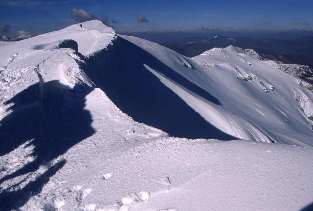 scendendo lungo la cresta NO del Monte Giovo (11-2-2001)