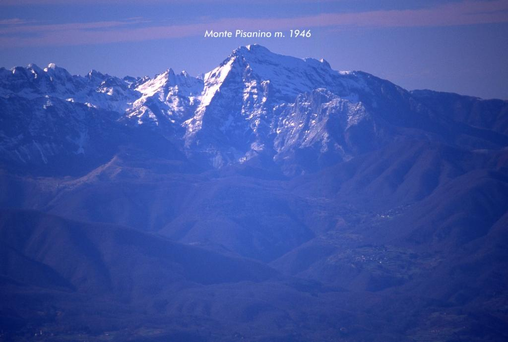 panorami osservati dalla cima...03 (11-2-2001)