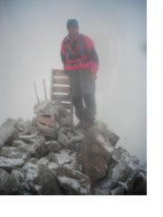 In vetta al Pic des'Agneaux nella nebbia...