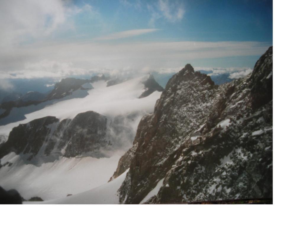 Il Pic du Rif dal Pic des'Agneaux