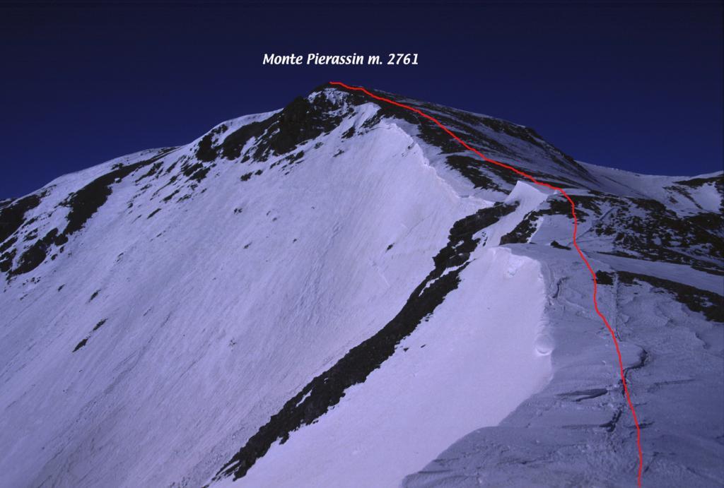 la cresta che porta in vetta al Monte Pierassin (24-3-2002)