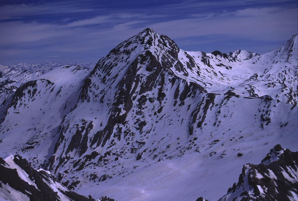 panorami dalla cima : Mongioia (28-4-2002)