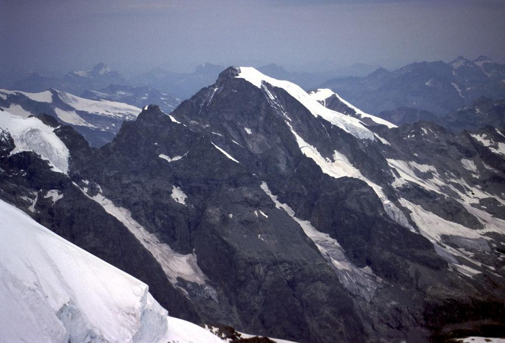 panorami dalla cima : Piz Morteratsch (22-7-2002)
