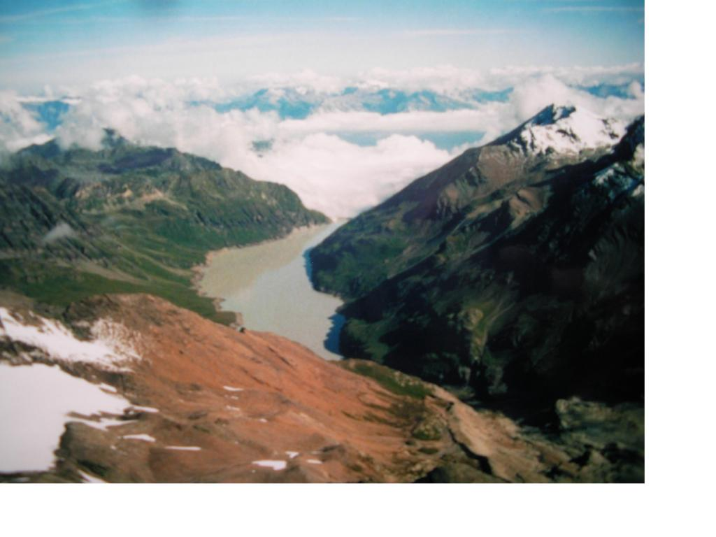 Il Lac de Dix e la Val D'Heremence dal M Blanc du Cheylon