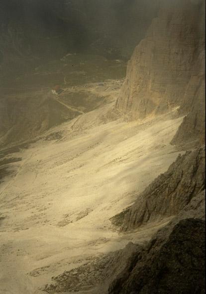 Il rif.Auronzo al sole noi sotto il temporale