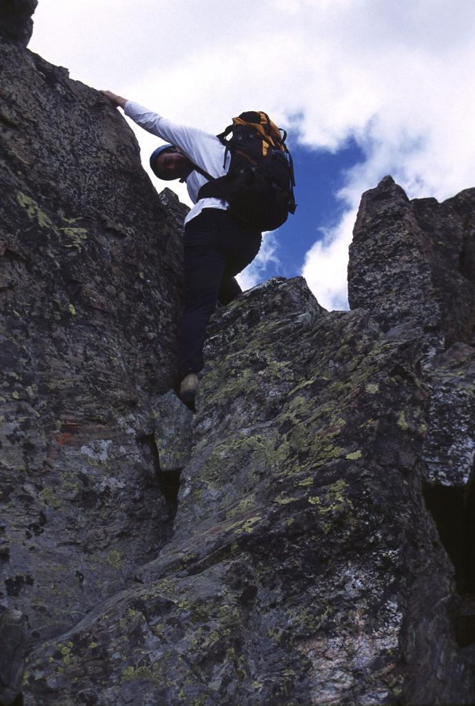 Emilio sta per arrivare in vetta alla Punta Roma (26-7-2003)
