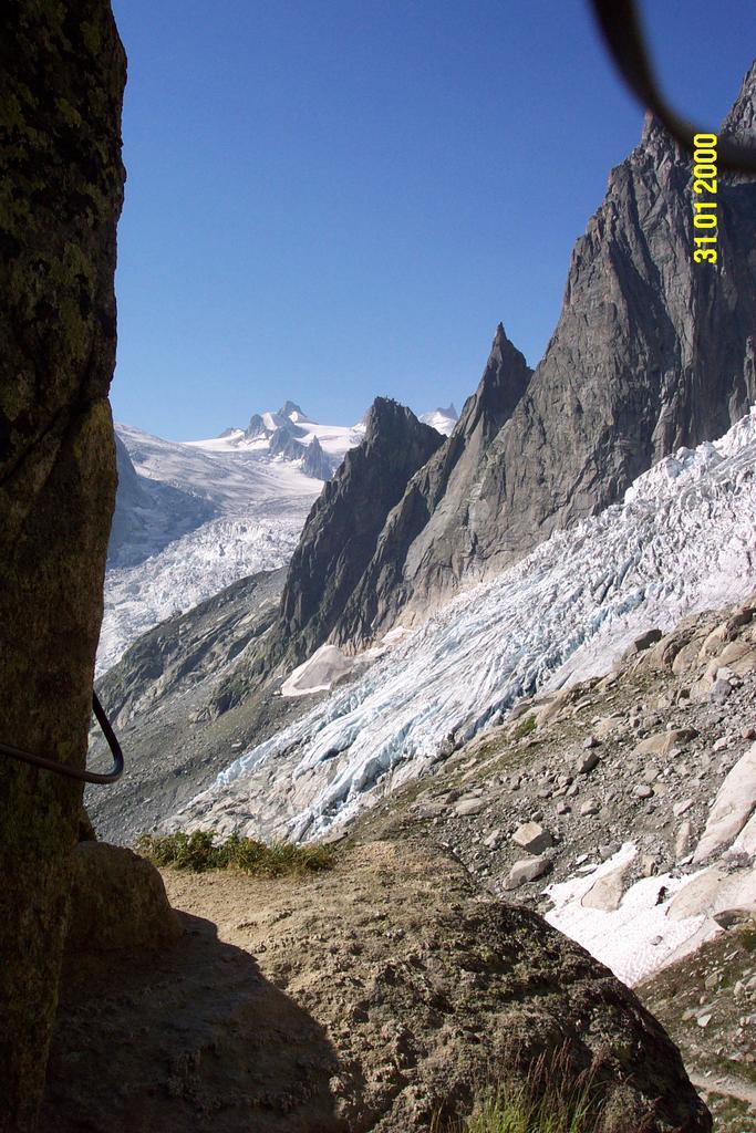 Envers des Aigulles (Rifugio) da Montanvers 2003-08-18