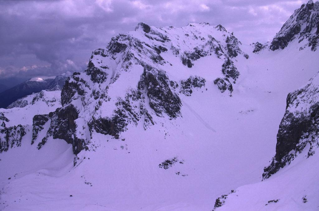 panorami dalla cima : Auto Vallonasso (18-4-2004)