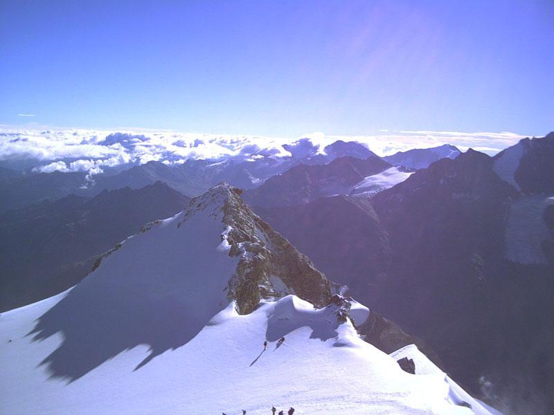 la pointe burnaby 4135 m dalla cima del Bishorn 4153 m.
