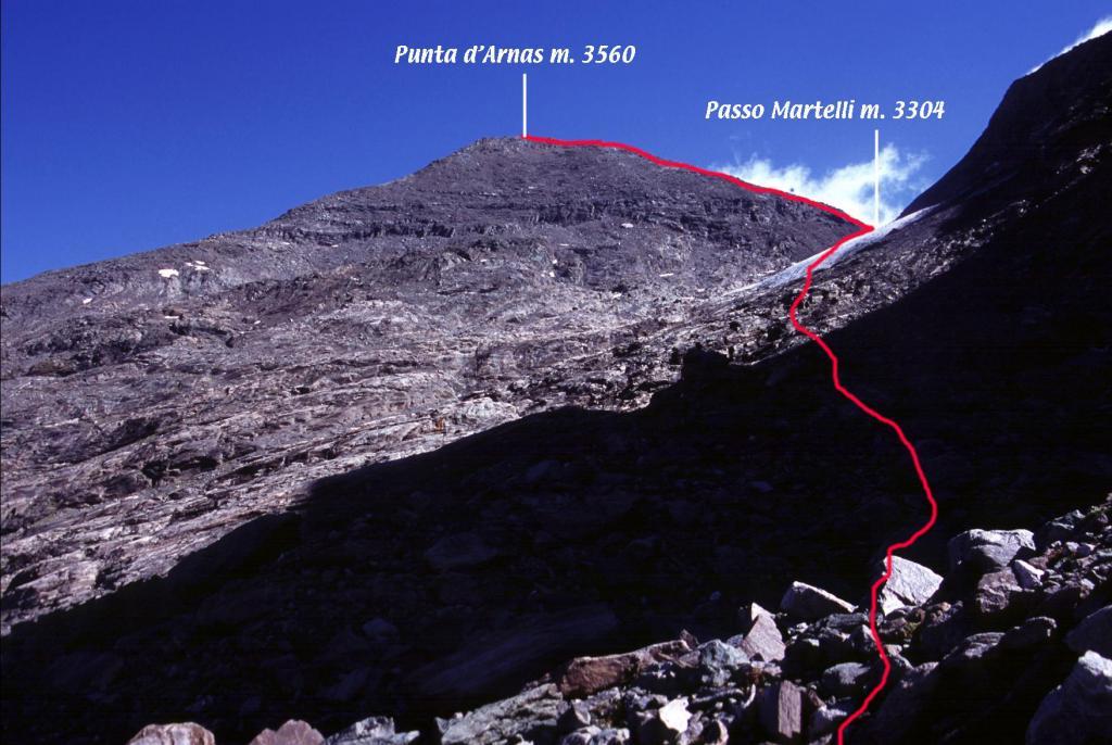 il tracciato della parte alta della via di salita alla Punta d'Arnas (5-9-2004)