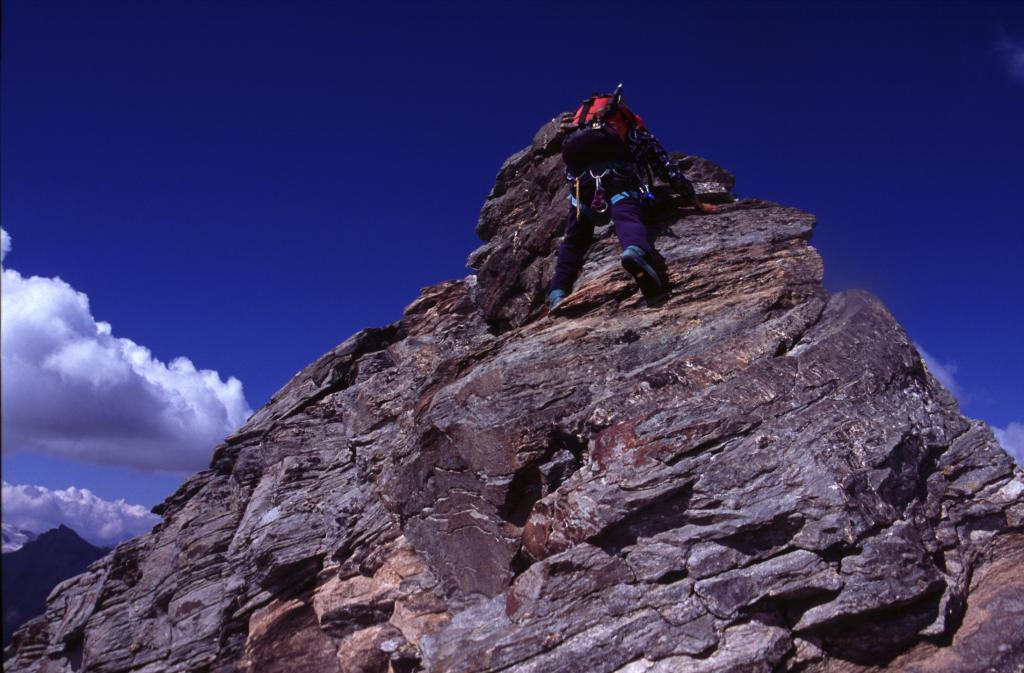 Luigi e la parte finale della cresta SE (5-9-2004)