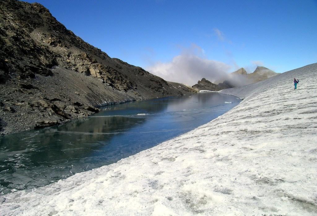 lago effimero il 26 09 2004 III