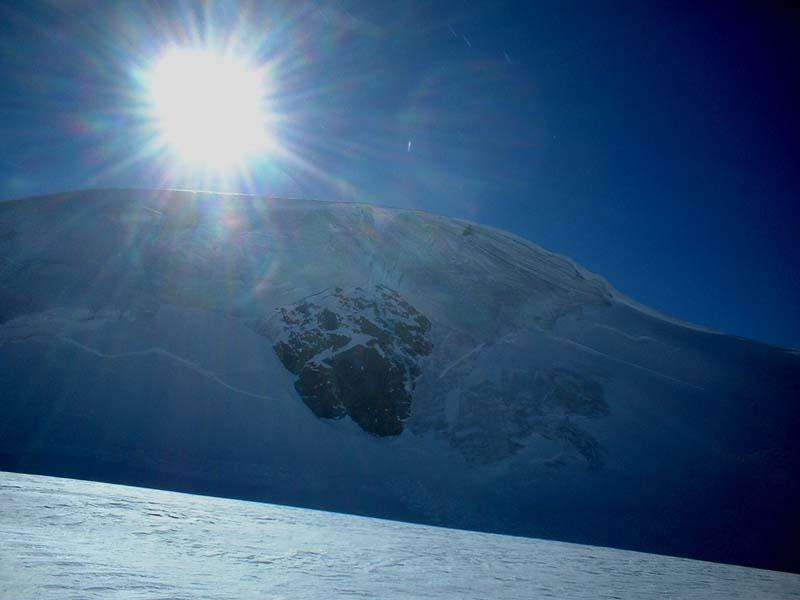 Nella foto il ghiaccio della Gobba ... ha sempre il suo fascino ... la quiete prima della tempesta !!!!