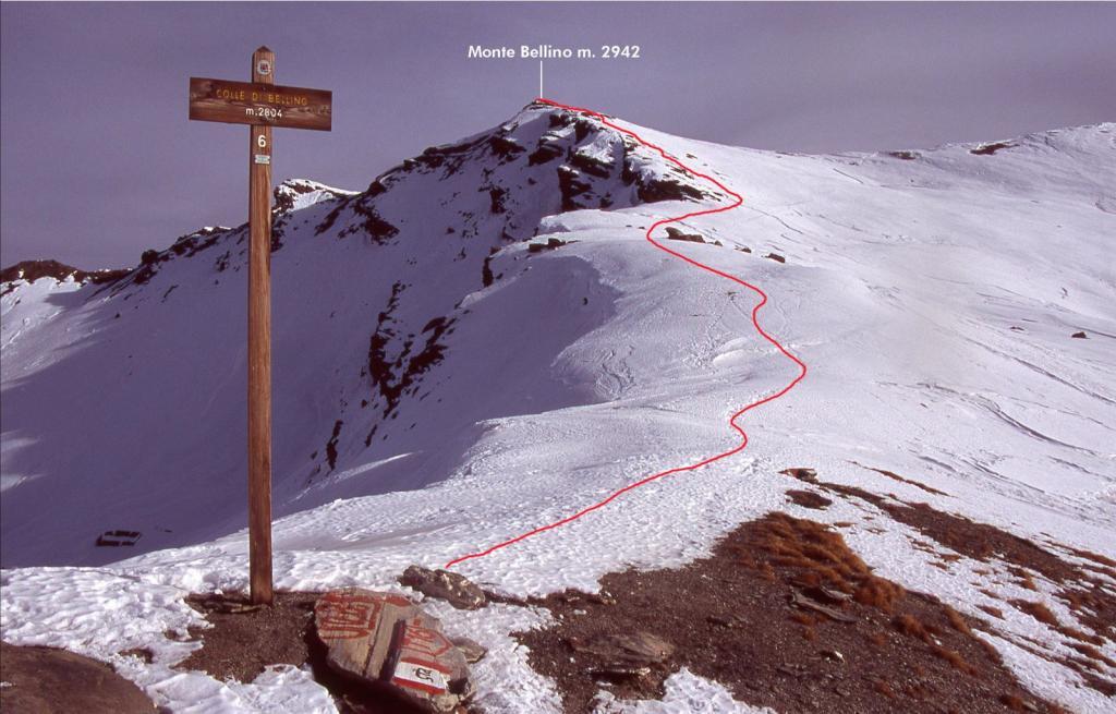 l'itinerario seguito per la vetta, visto dal Colle di Bellino (28-11-2004)