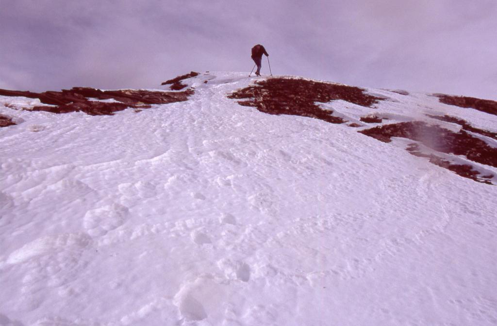 Alessandro a pochi minuti dalla cima (28-11-2004)