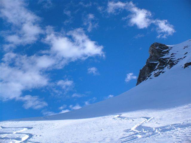 Pendii e nuvole al Monte Balur