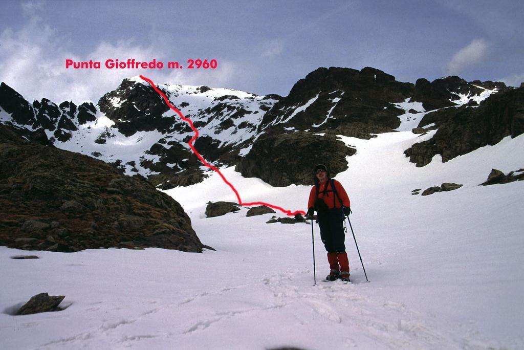 Stelvio poco oltre il Lago del Lausfer Superiore (15-5-2005)