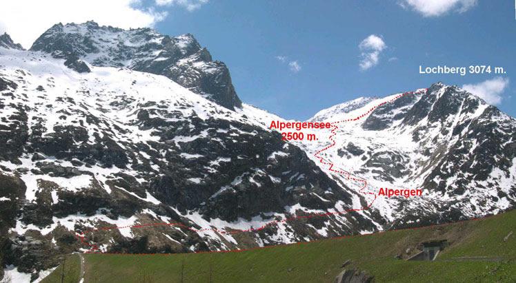 L'itinerario visto dalla diga del Goscheneralpsee