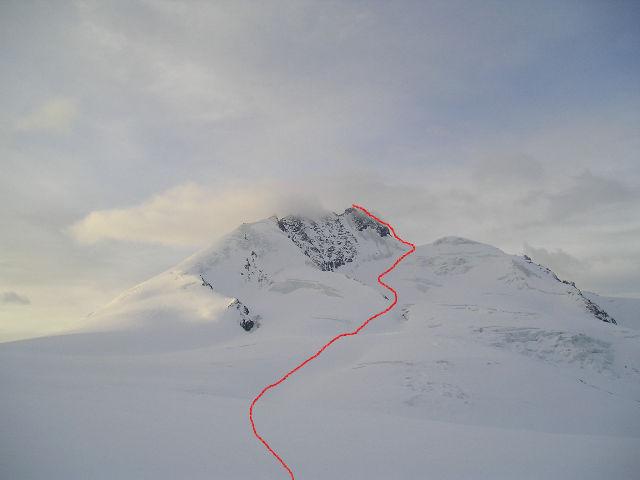 ghiacciaio di mellich  con l'itinerario che sale verso la sattel e a sin. la punta