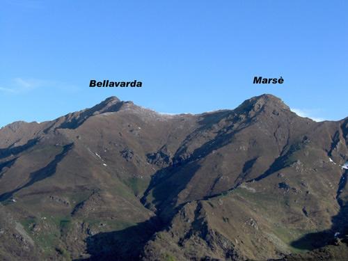 La Bellavarda e la Marsè viste dal Lago di Monastero