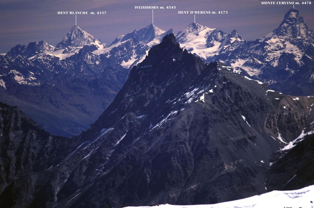 panorami dalla cima : dalla Dent Blanche al Cervino (5-6-2005)