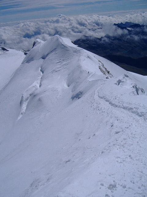la lunga cresta finale vista dalla cima