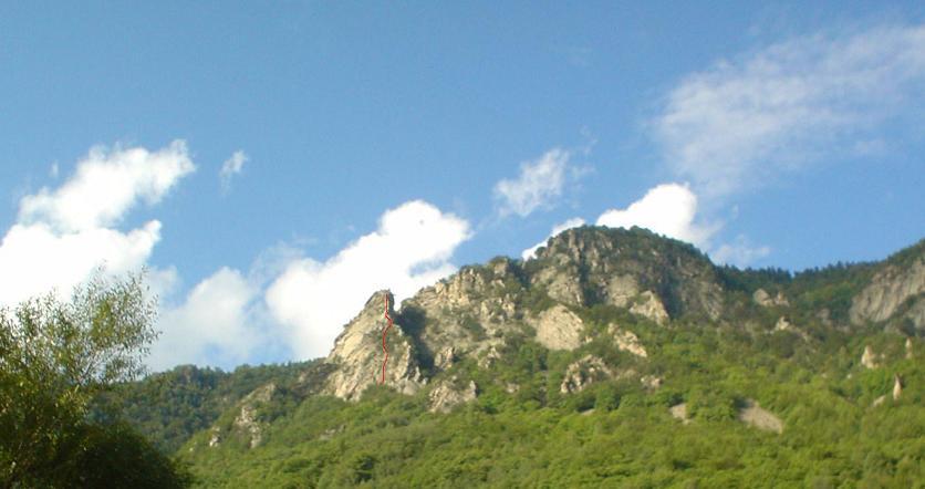 Torre Falconera con indicazione della via
