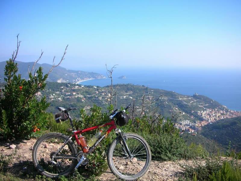 Bric Crovi - Vista sul Golfo di Genova