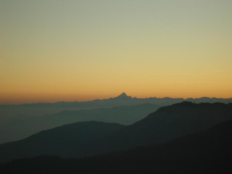 tramonto sul monviso da cima mares