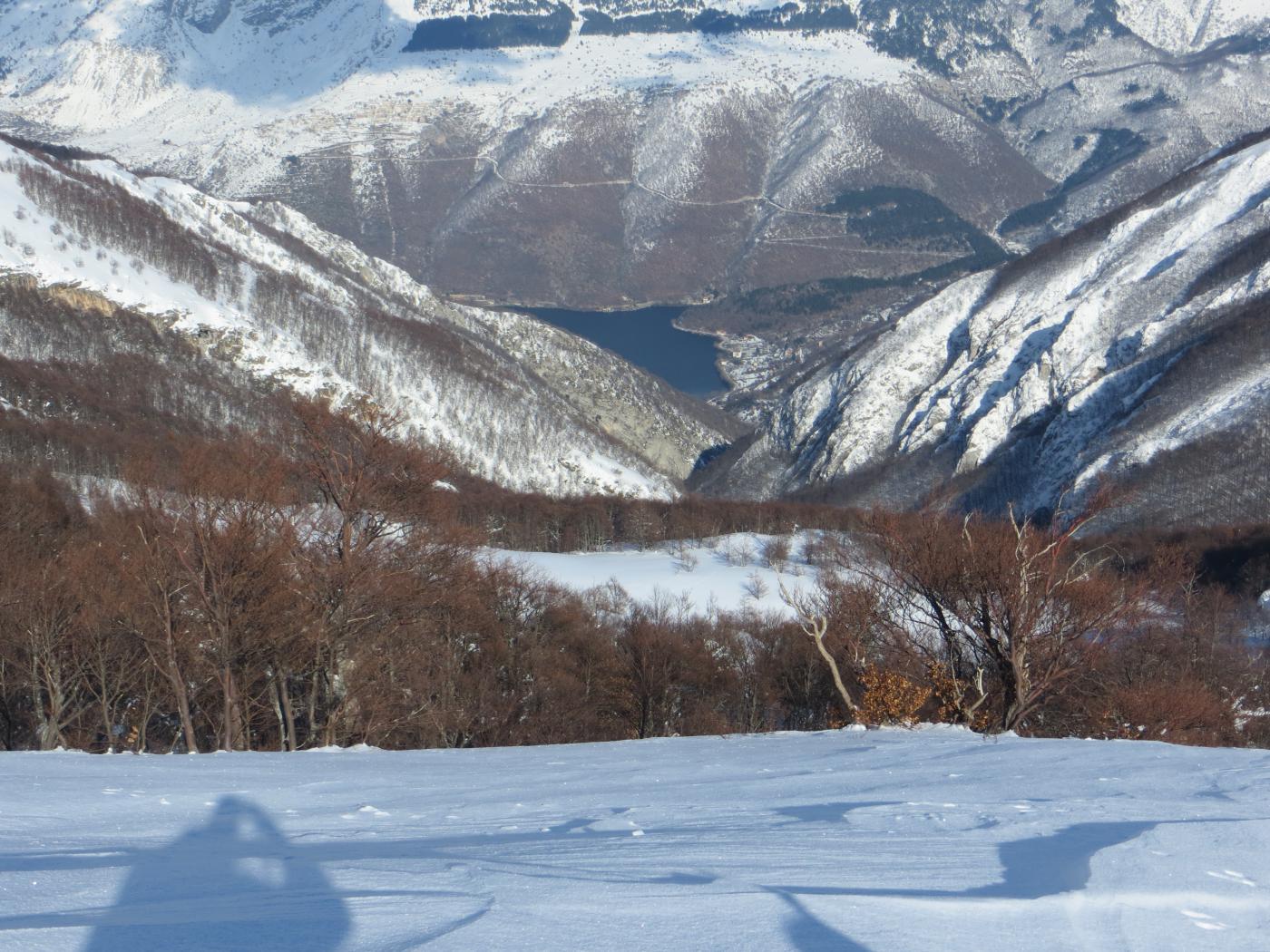 Terratta (la) quota 2208 m dal Lago di Scanno per il Vallone della Terratta 2015-02-18