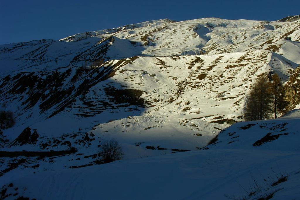 ultime luci del sole sul Monte Tibert (11-12-2005)