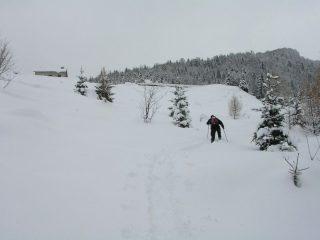 Arrivo alla casera nella neve fonda