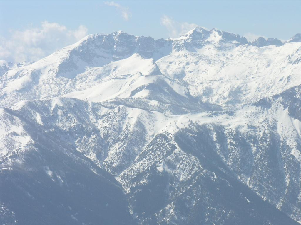 panorami dalla cima : il Monte Bego (12-3-2006)
