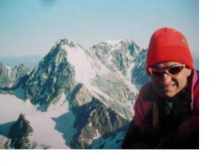 In vetta al Cevedale con alle spalle il Gran Zebru' e al centro l'Ortles.