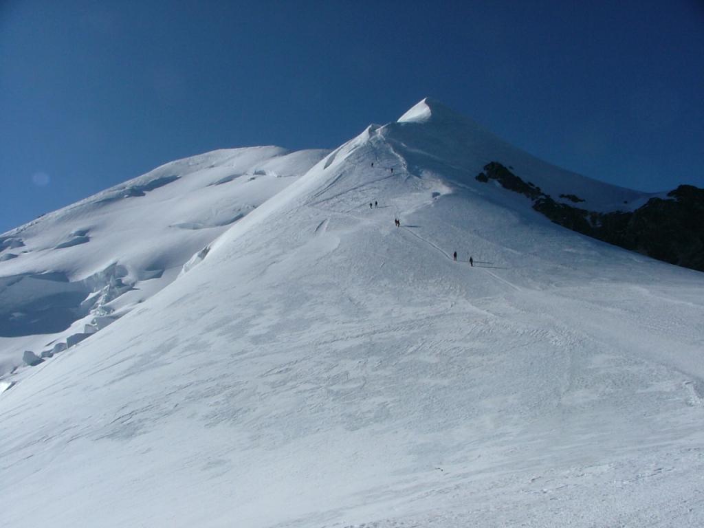 la cresta delle bosses e la rocher de la tournette 4677 mt