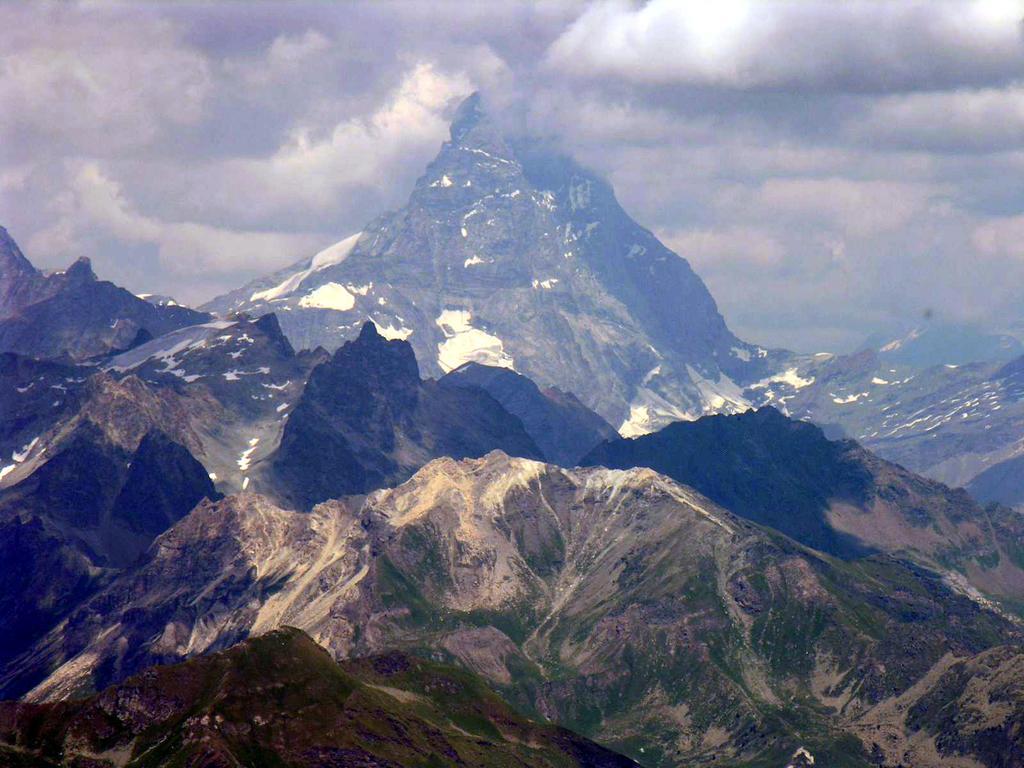 panorami dalla cima : il Cervino incapucciato ! (23-7-2006)
