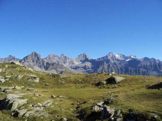 Salendo verso il Colle della Crocetta, panorama sul Gran Paradiso